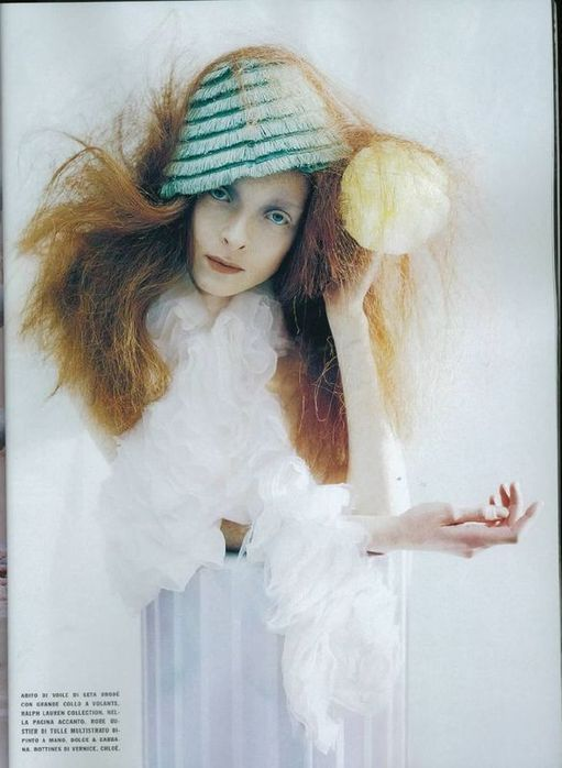 A Magic World (Vogue Italia January 2008 ). Изображение № 10.