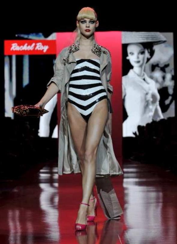 Модное Barbie шоу!. Изображение № 2.