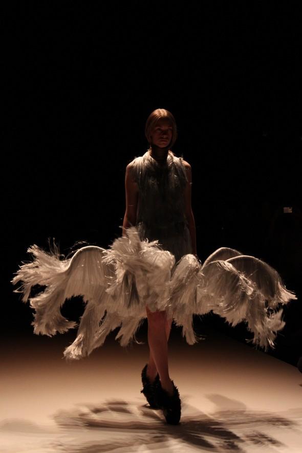 Iris van Herpen на берлинской Неделе Моды весна-лето 2012. Изображение № 6.