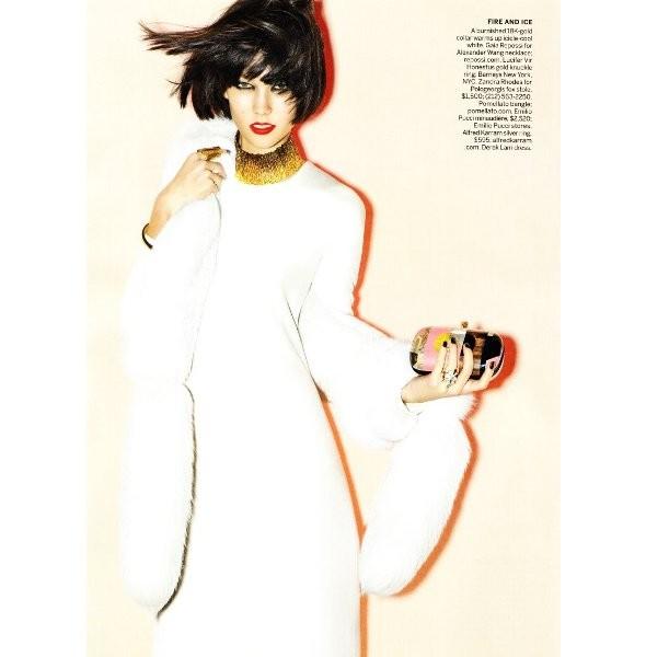 Новые съемки: Vogue, V и другие. Изображение № 3.