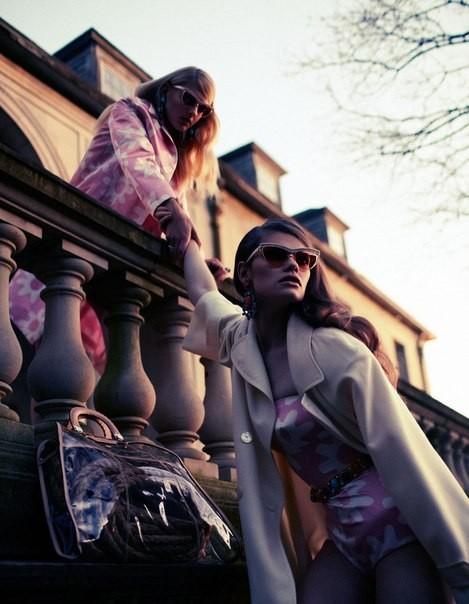 Cьемка: Патрисия ван дер Влиет и Келли Миттендорф для Interview Russia. Изображение № 1.