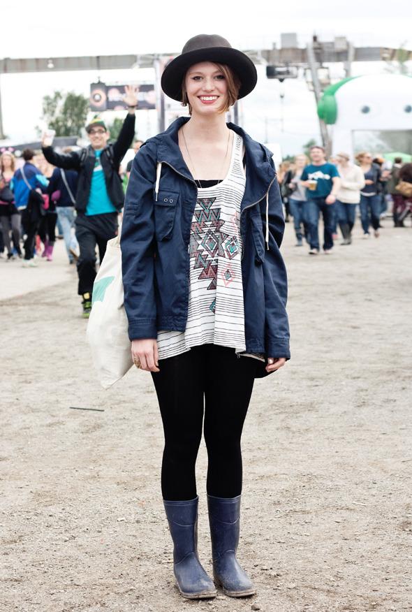 Золотые шорты, джинсовые рубашки и шляпы: Люди на фестивале MELT!. Изображение № 34.