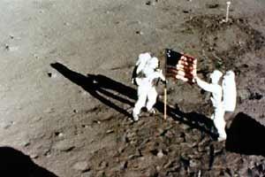 «Лунный заговор» или«Летали лиамериканцы наЛуну?». Изображение № 2.