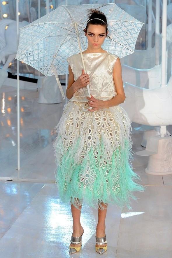 Неделя моды в Париже: Louis Vuitton весна 2012. Изображение № 44.