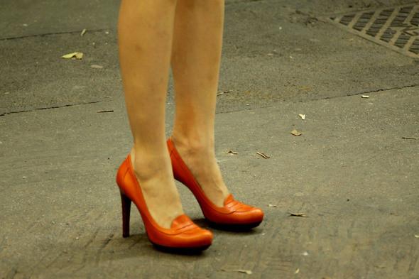 Изображение 10. Девушки на Milan Fashion Week: день 3 и 4.. Изображение № 9.