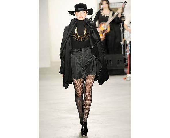 Неделя моды в Нью-Йорке: первые показы. Изображение № 74.