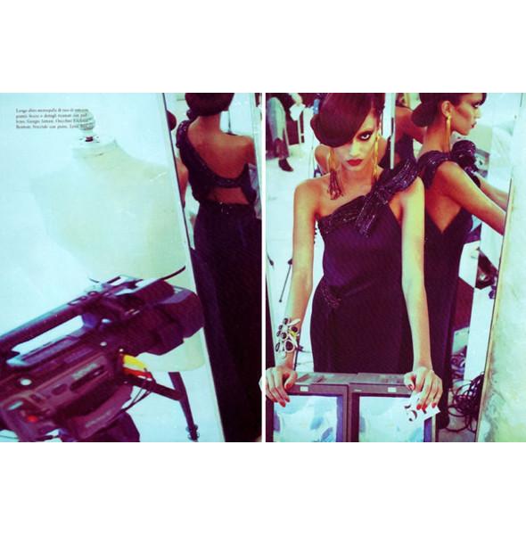Изображение 49. Съемки: Harper's Bazaar, Metal, V и Vogue.. Изображение № 43.
