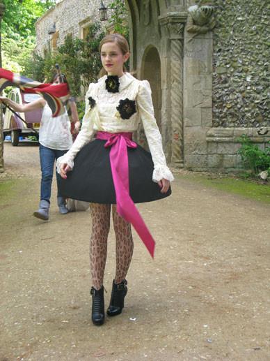 Emma Watson дляTeen Vogue August 2009. Изображение № 11.