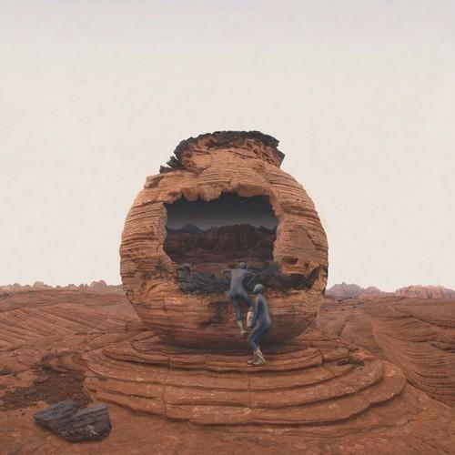 Изображение 1. Марс атакует!.. Изображение № 1.