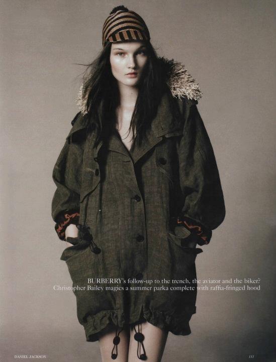 Съёмка: Дэниел Джексон для британского Vogue. Изображение № 6.