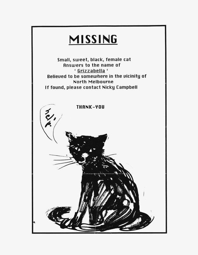 Объявления о потерянных питомцах издали в одной книге. Изображение № 5.