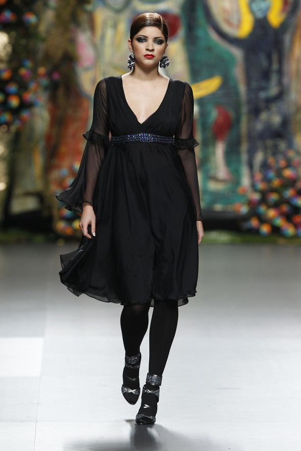 Испанцы Fall Winter 2011/2012: FRANCIS MONTESINOS. Изображение № 10.