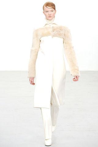 Новости моды: Выставки Chloe и Salvatore Ferragamo, Vogue в Таиланде и проект Michael Kors. Изображение № 7.
