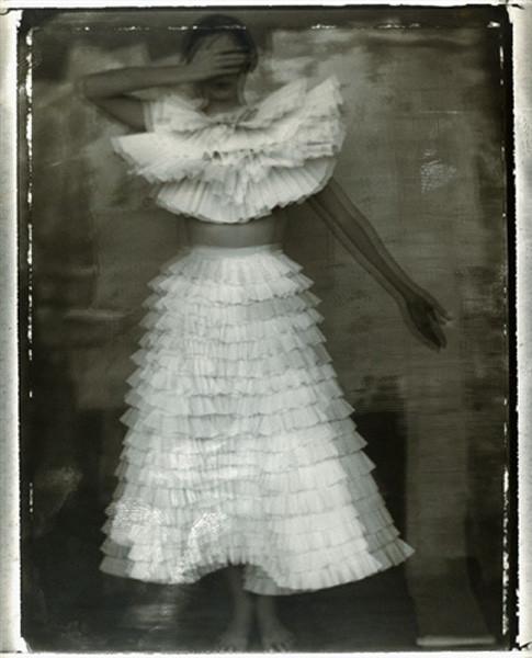 Сара Мун, фотограф: «Мода всегда будет продавать мечты — приземленные и возвышенные». Изображение №6.