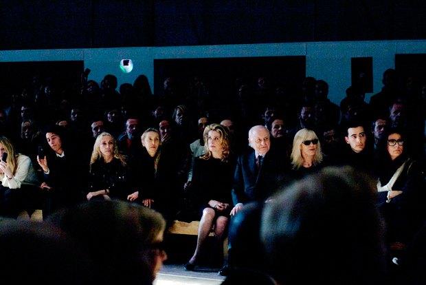 Дневник с PFW:  Giambattista Valli, Saint Laurent  и Катрин Денёв в шоке. Изображение № 12.