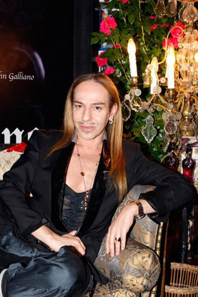 Джон Гальяно, фэшн-дизайнер. Изображение № 9.