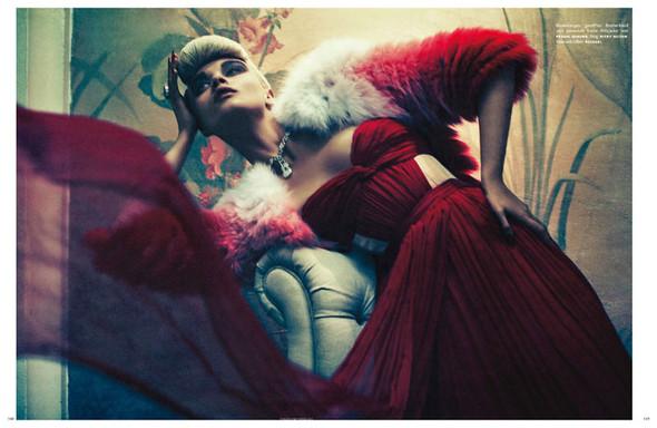 Съёмка: Кристал Ренн для немецкого Vogue. Изображение № 6.