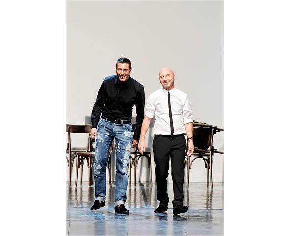 Показ Dolce & Gabbana на iPhone. Изображение № 1.