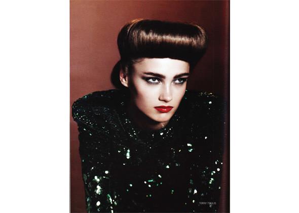 Кармен Педару для российского Vogue, март 2009 . Изображение № 132.