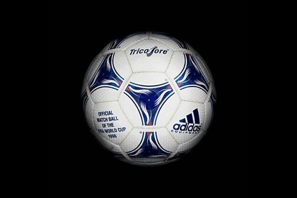 Дизайн футбольных мячей для Чемпионатов мира. Изображение № 17.