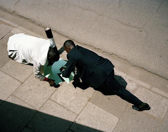 12 альбомов фотографий непривычной Африки. Изображение № 23.