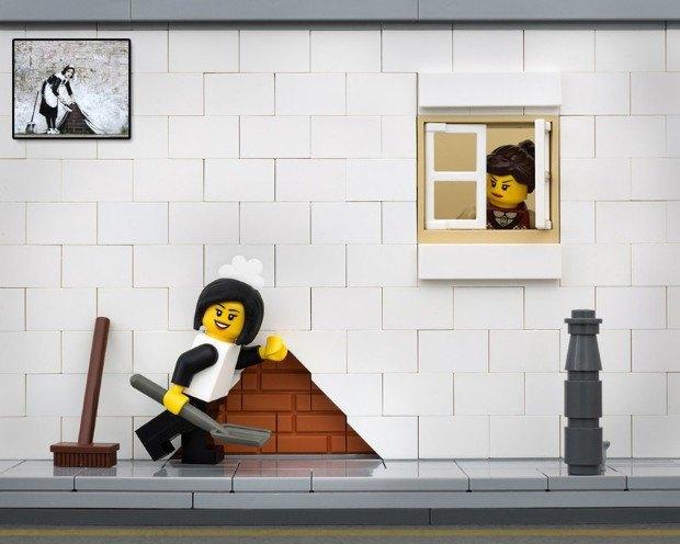 Работы Бэнкси воссоздали в конструкторе LEGO. Изображение № 9.
