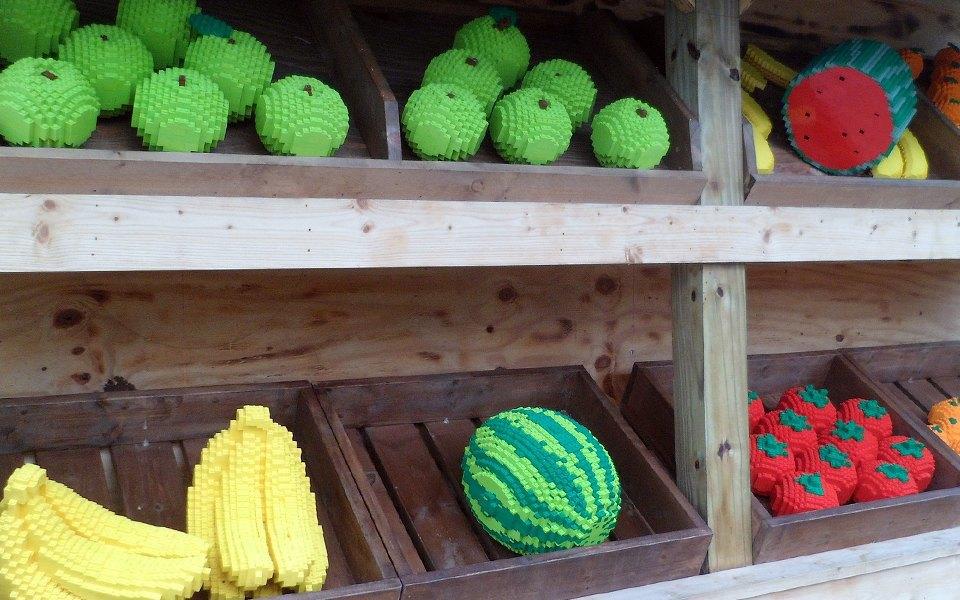 Как выглядит еда, сделанная из LEGO. Изображение № 5.