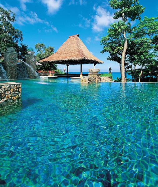 Изображение 10. 10 самых необычных бассейнов мира.. Изображение № 10.