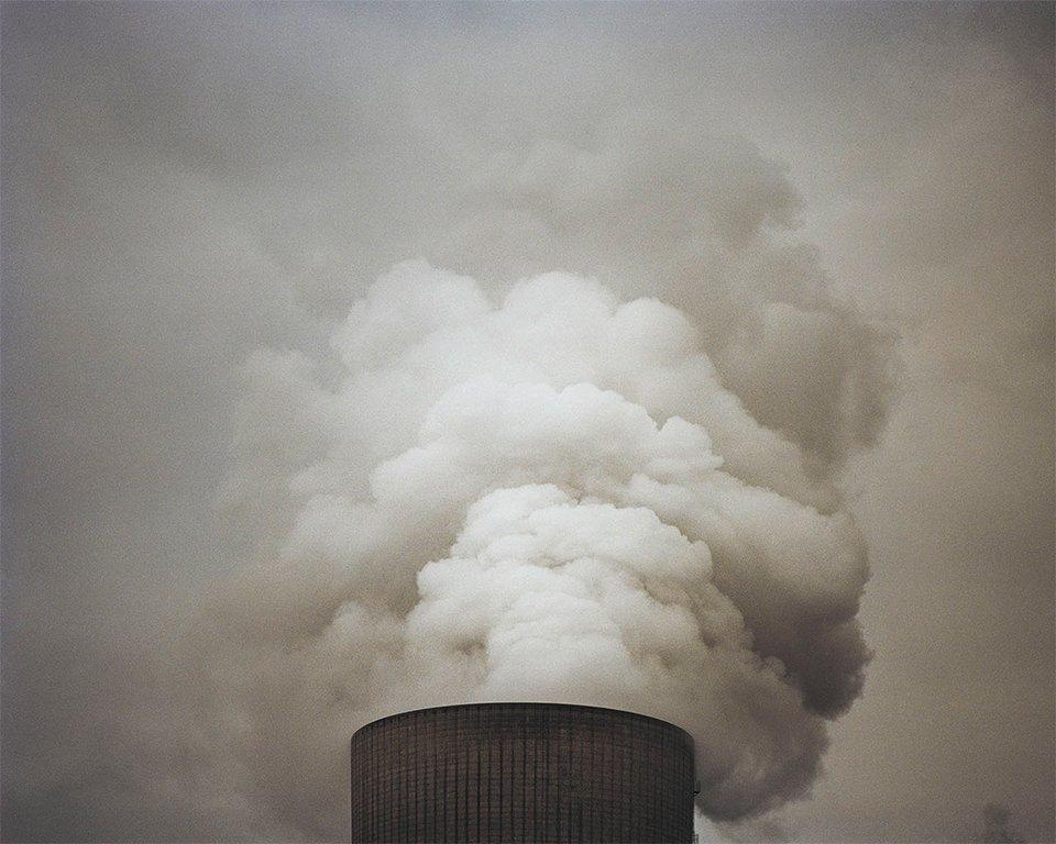 Красивые, но пугающие столкновения природы и индустрии. Изображение № 2.