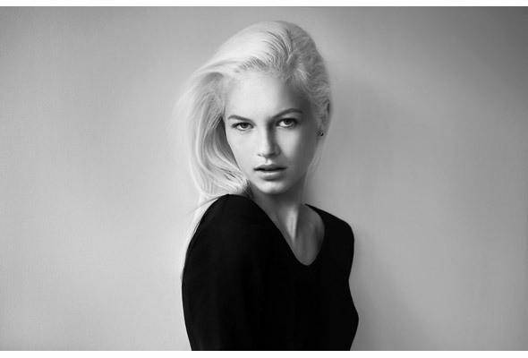Изображение 1. Новые лица: Кристал Глинн.. Изображение № 2.