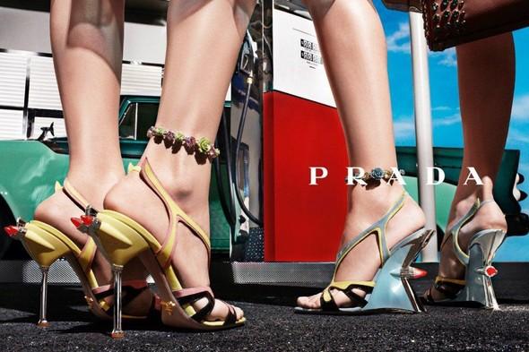 Кампания: Prada SS 2012. Изображение № 23.