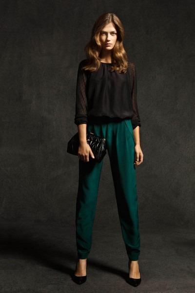 Лукбуки: H&M, Zara, Urban Outfitters и другие. Изображение №38.