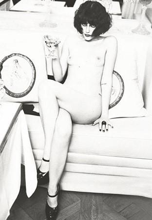Части тела: Обнаженные женщины на фотографиях 1990-2000-х годов. Изображение №8.