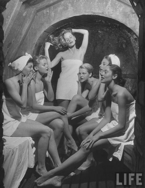 Retro Erotic. Изображение № 19.