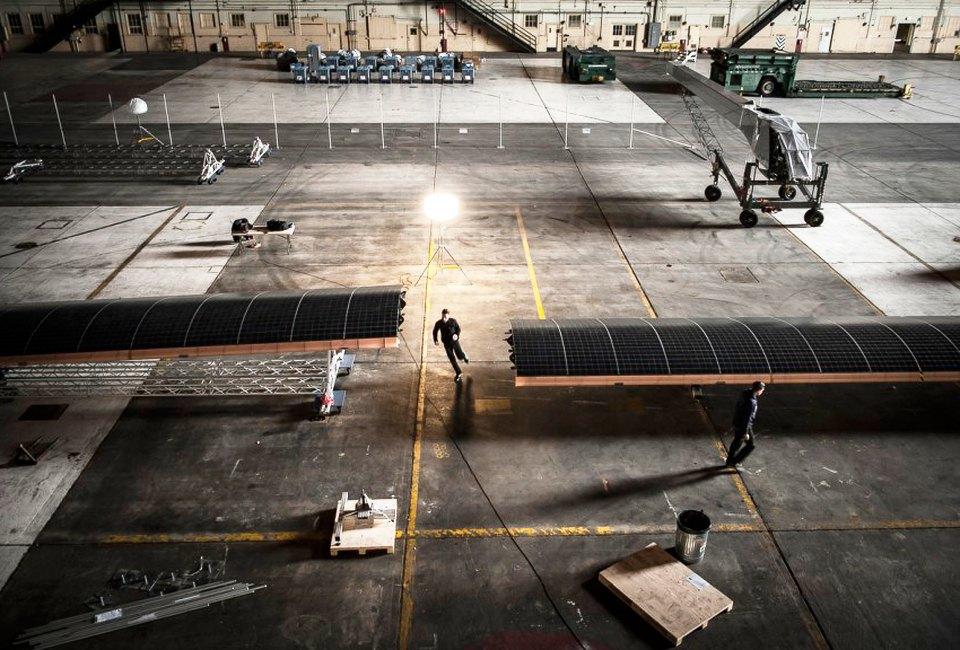 Первый самолёт  на солнечной энергии,  который долетит  на край света. Изображение №20.