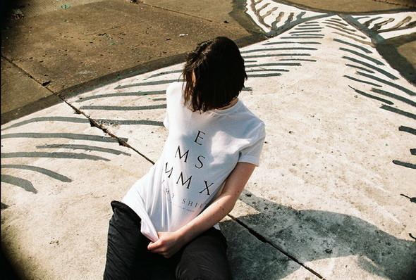 Eat My Shirts от дизайн-группы Пи. Изображение № 20.