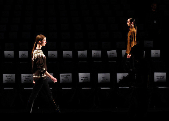 Изображение 13. Неделя моды в Нью Йорке: Бэкстэйдж.. Изображение № 13.