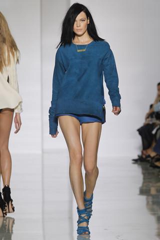 Epic fails: Увольнение Гальяно, коллекция Уэста и другие модные провалы 2011 года. Изображение № 8.