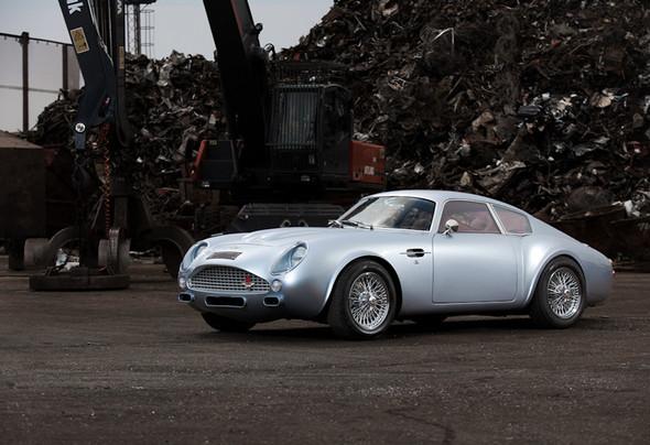 Воскрешение Aston Martin DB4 GT Zagato. Изображение № 1.