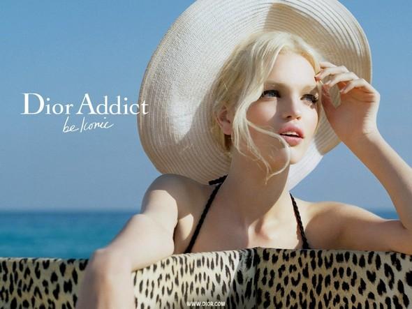 Дафна Гроенвельд для Dior Addict Fragrance. Изображение № 2.