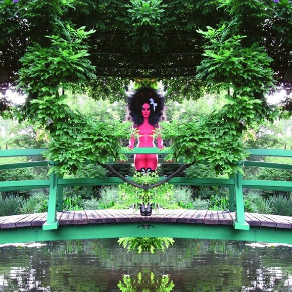Съемка в стиле киберпанк: Незваный гость в райском саду. Изображение № 5.