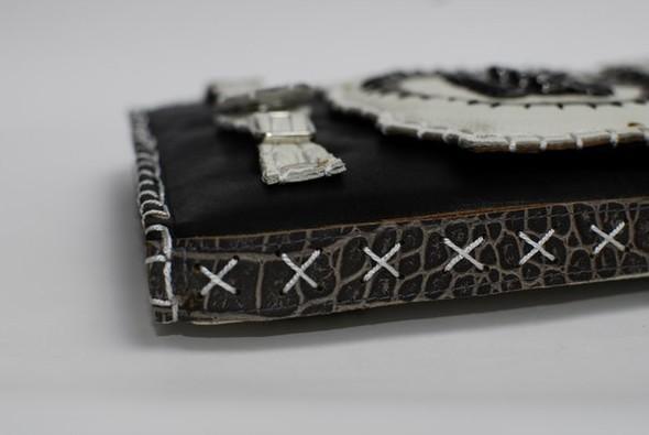 Кожанные чехлы для ipad ручной работы. Изображение № 11.