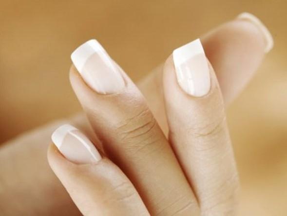 """""""Быть можно дельным человеком и думать о красе ногтей"""". Изображение № 1."""