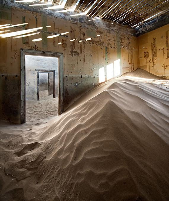 Изображение 5. Alvaro Sanchez-Montañes: город-призрак.. Изображение № 5.