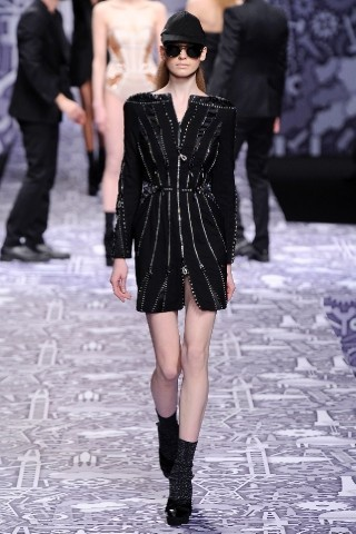 Back to black : Gareth Pugh и Victor&Rolf aw 2010-2011. Изображение № 58.