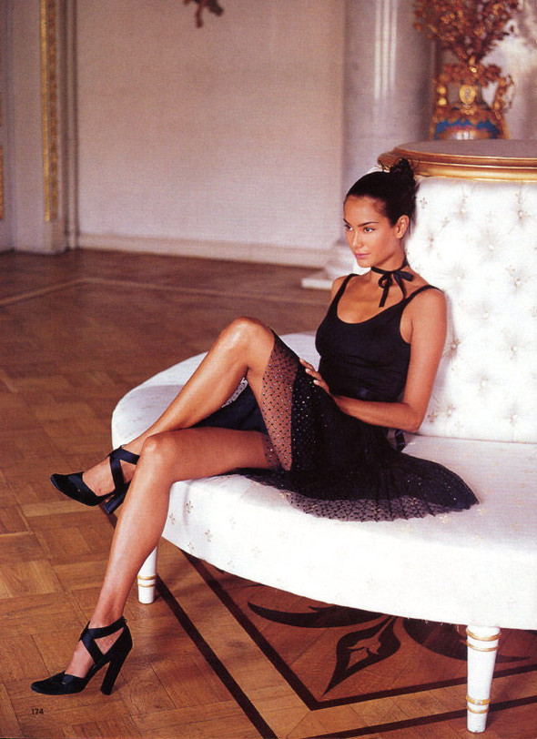 Архивная съёмка: Артур Элгорт для Glamour, 2001. Изображение № 9.