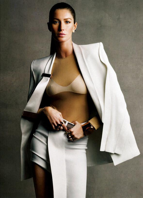 Изображение 57. Съемки: Harper's Bazaar, Metal, V и Vogue.. Изображение № 52.