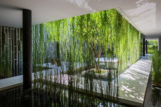 Архитектура дня: белый спа-центр во Вьетнаме с растениями на фасаде. Изображение № 15.