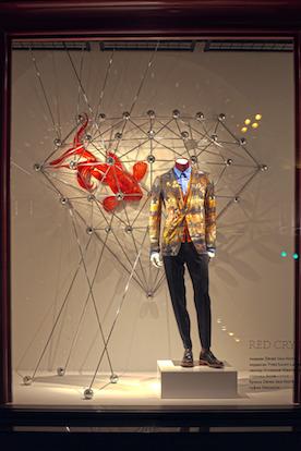 Новости ЦУМа: Новый дизайн витрин Red Crystal. Изображение № 7.
