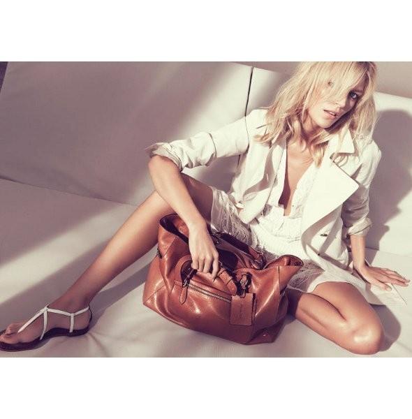 Рекламные кампании: Oysho, Zara и другие. Изображение № 30.